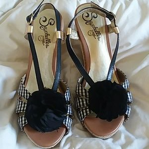 Seychelles Rogers  black and white sandal wedges